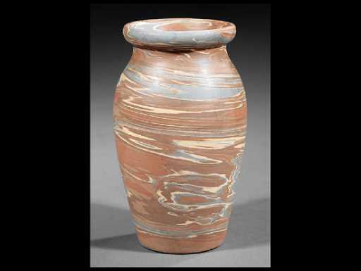 Eagle Pottery Company Niloak Pottery Vase