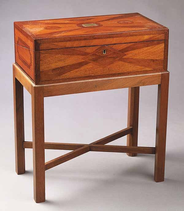 0010: An Antique Inlaid Mahogany Lap Desk-on
