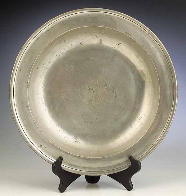 0022: A Large Antique English Pewter Dish