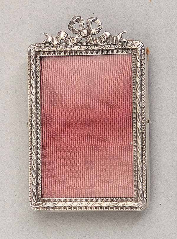 0011: Continental Silver Picture Frame