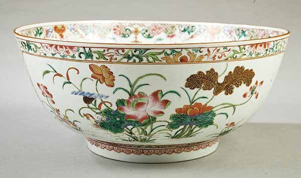 0501: Large Chinese Export Porcelain Punch Bowl