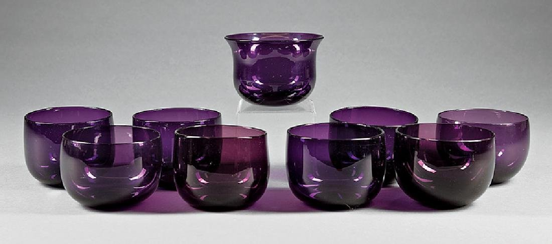Thirty-One Blown Amethyst Glass Finger Bowls