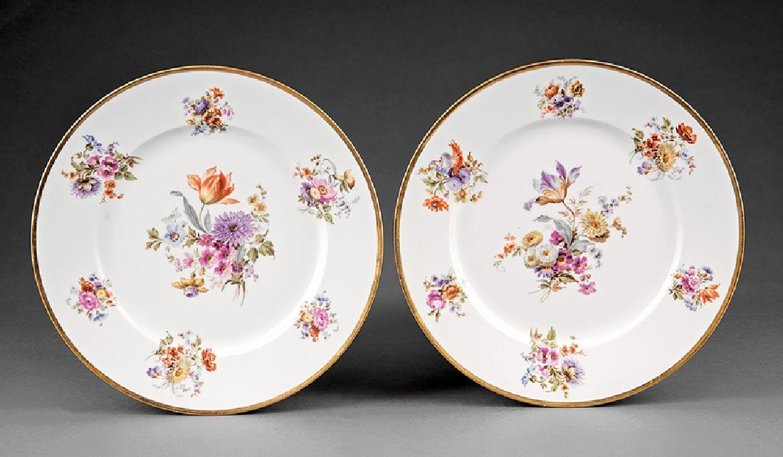 Ten Limoges Porcelain Dinner Plates - 3