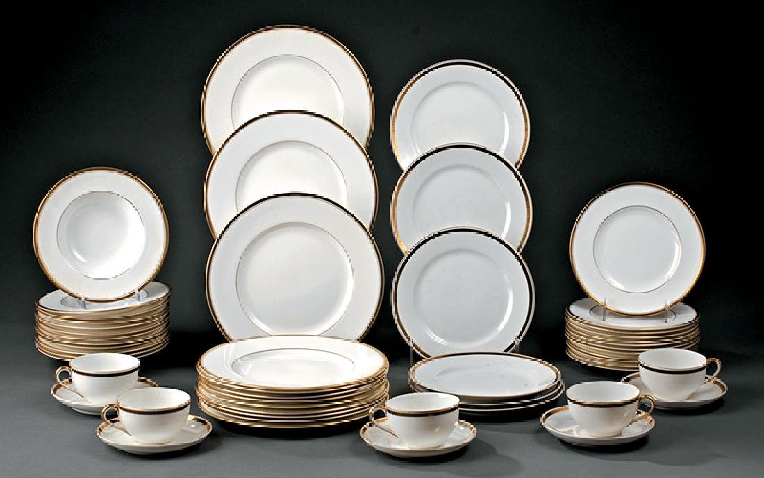 """Royal Worcester """"Viceroy"""" Dinner Service"""