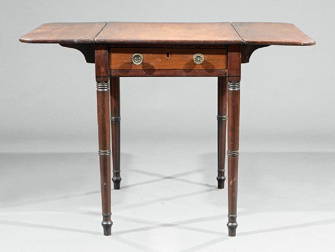 American Late Federal Mahogany Pembroke Table - 3