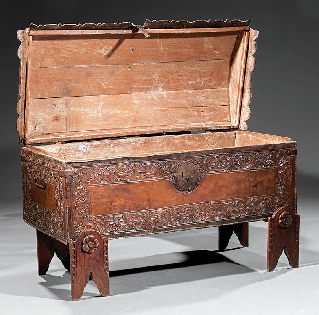 Spanish Colonial Tooled Leather Chest - 4