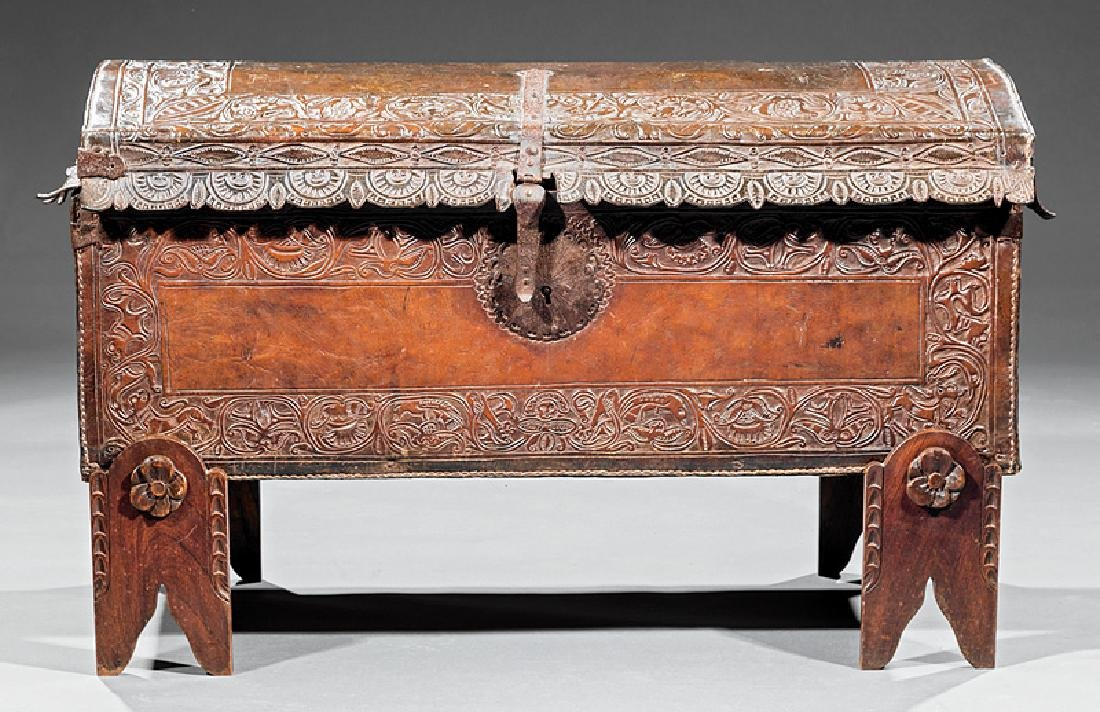 Spanish Colonial Tooled Leather Chest - 5