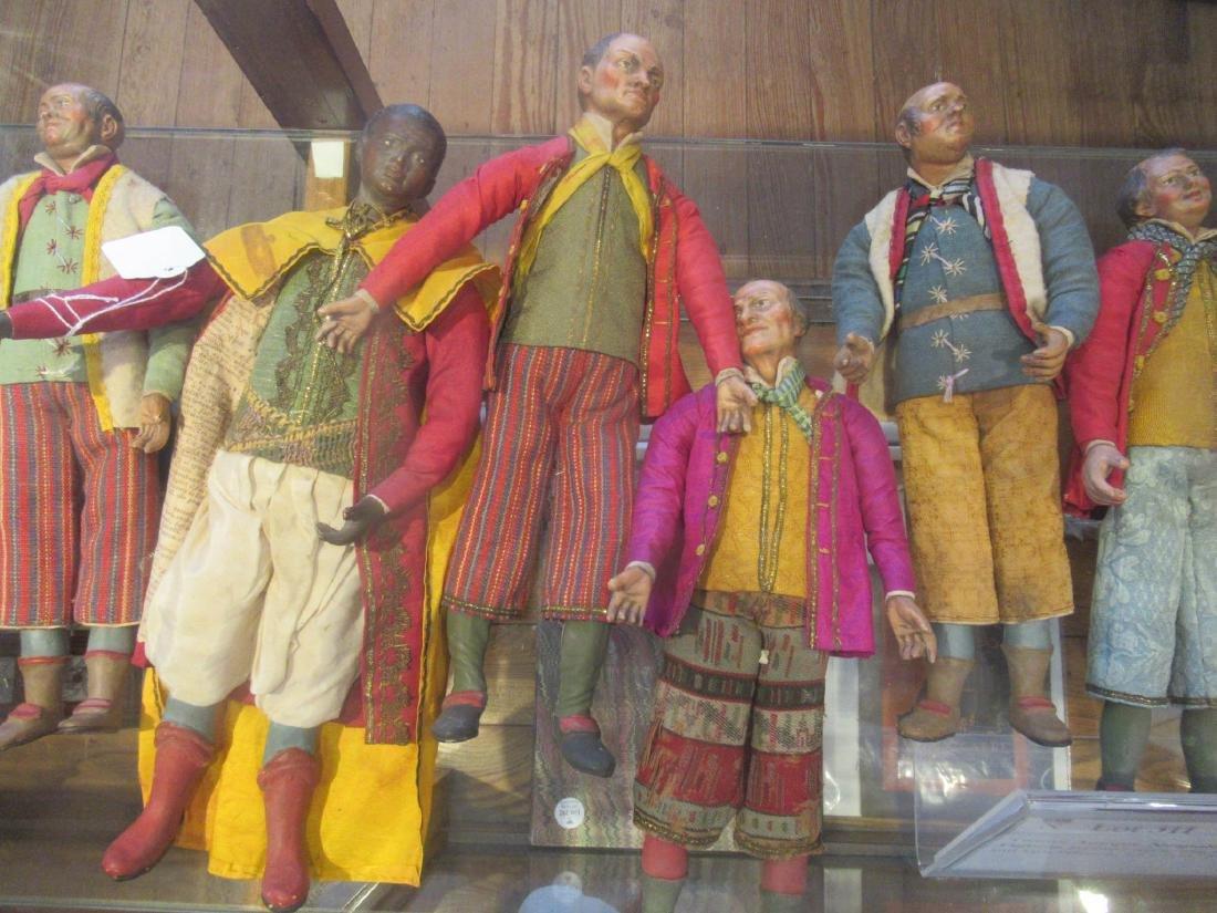 Twelve Neapolitan Creche Figures - 4