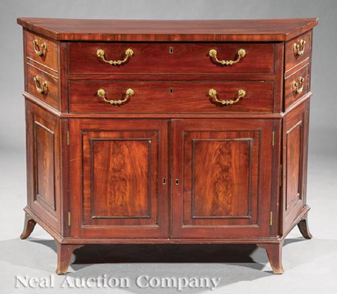 Pair of George III-Style Mahogany Commodes - 3