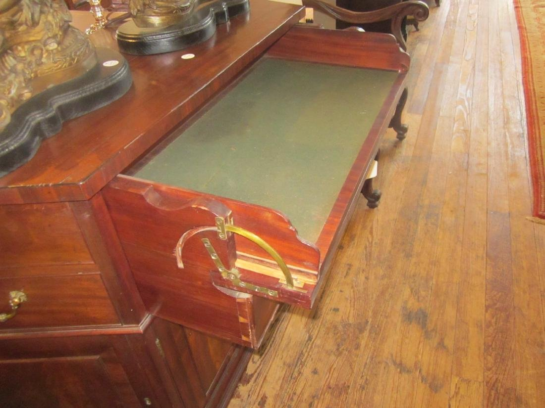 Pair of George III-Style Mahogany Commodes - 7