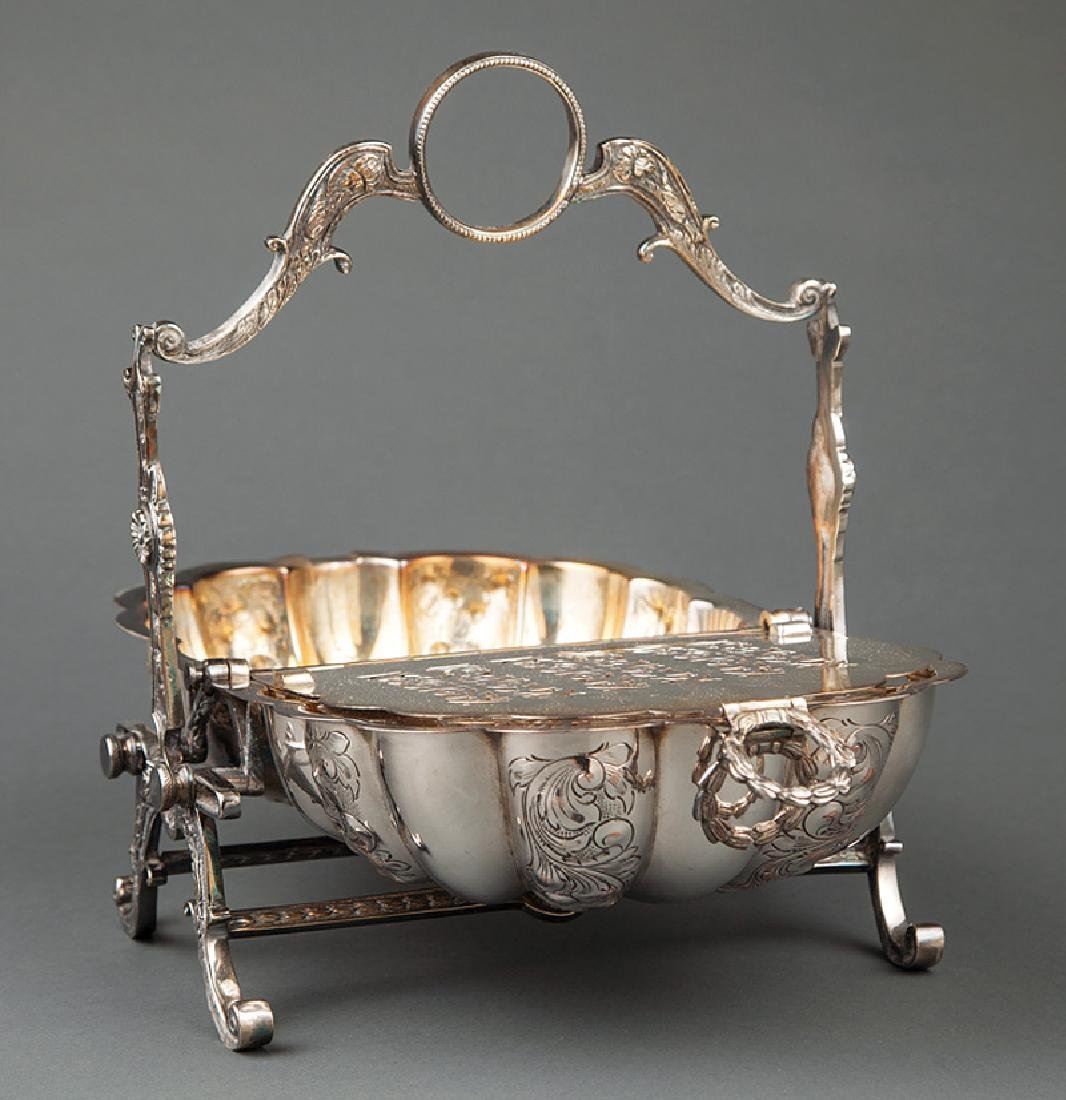 English Silverplate Shell-Form Biscuit Box - 2