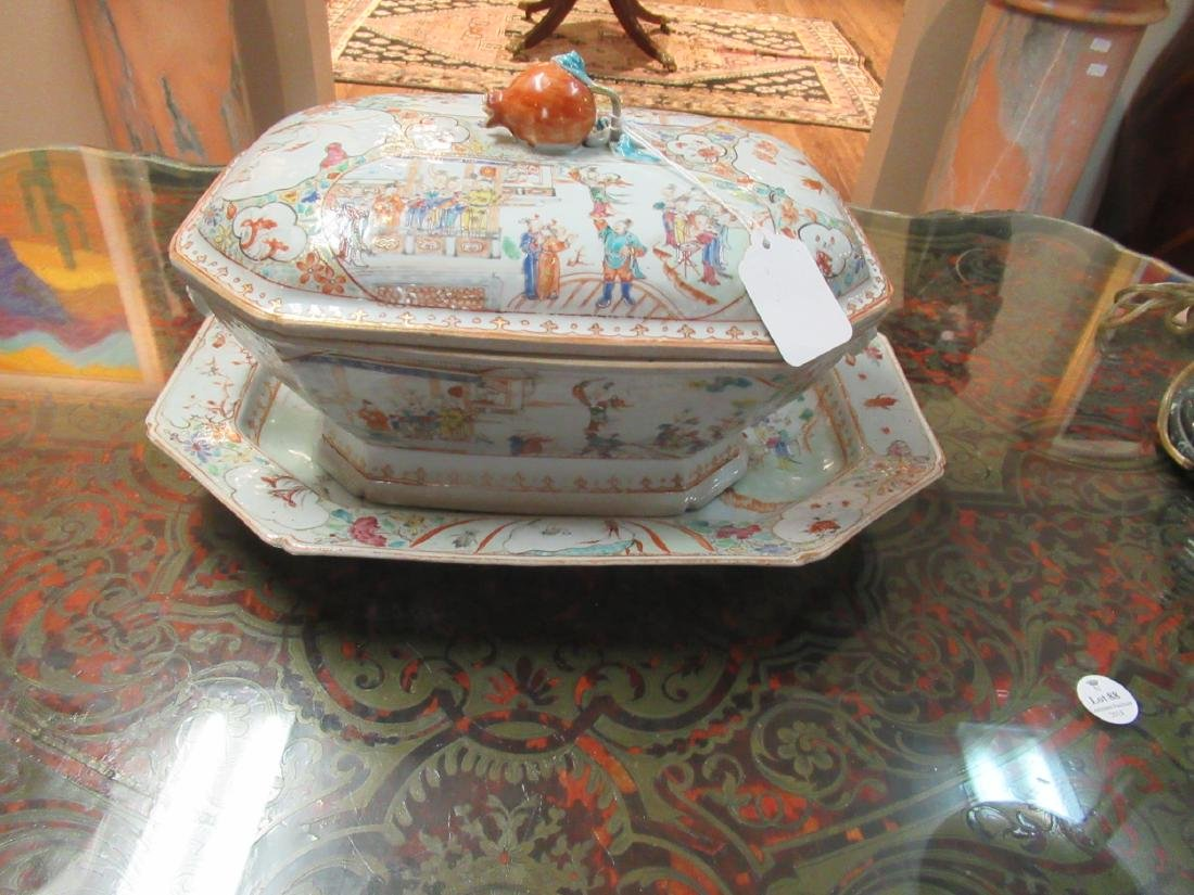 Chinese Export Famille Rose Porcelain Covered Tureen - 2