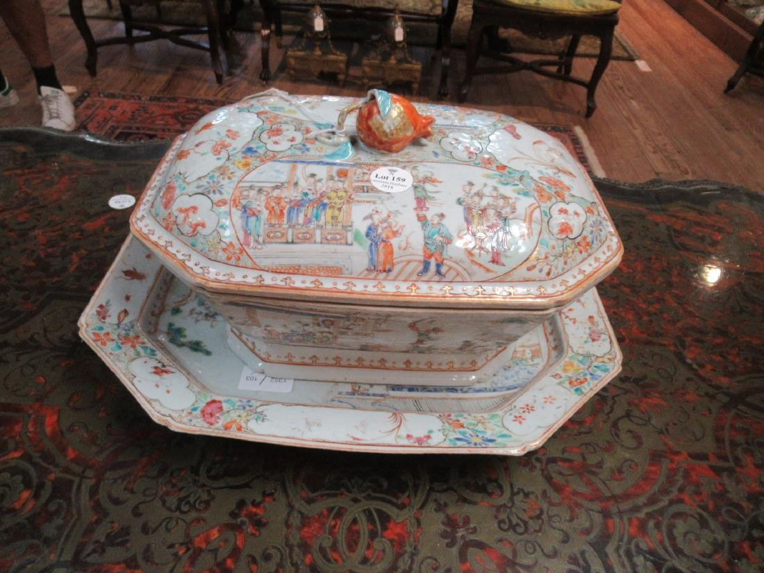 Chinese Export Famille Rose Porcelain Covered Tureen - 3