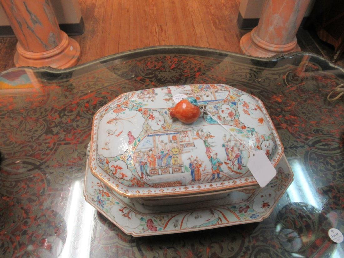 Chinese Export Famille Rose Porcelain Covered Tureen - 5