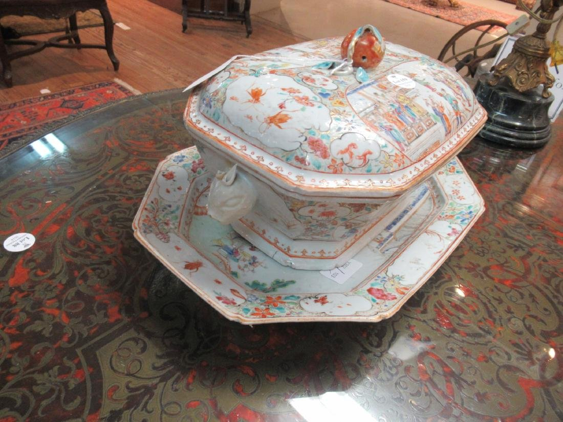 Chinese Export Famille Rose Porcelain Covered Tureen - 6