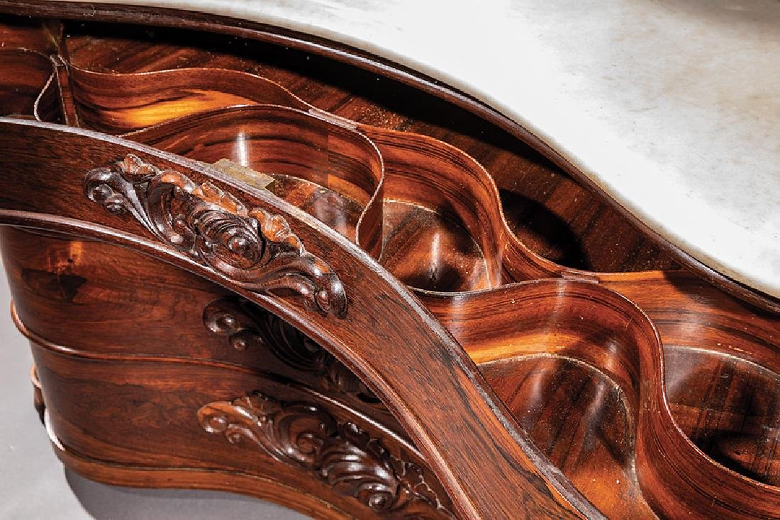 Carved and Laminated Rosewood Dreser, Belter - 4
