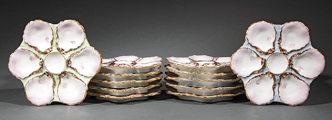 Set of Twelve Haviland & Co. Limoges Gilt-Decorat