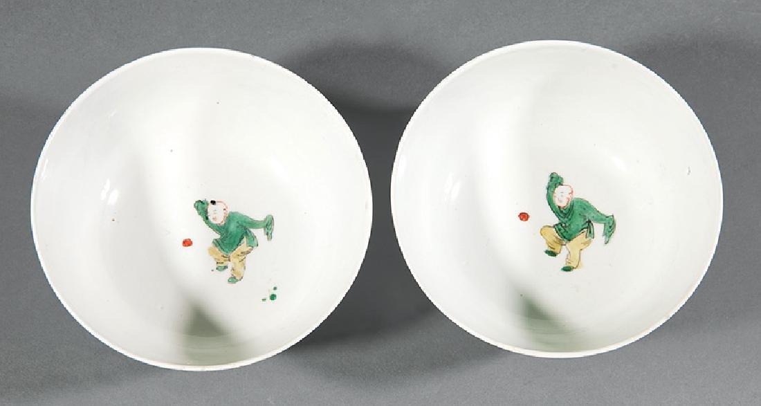 Pair of Chinese Famille Verte Porcelain Bowls - 3