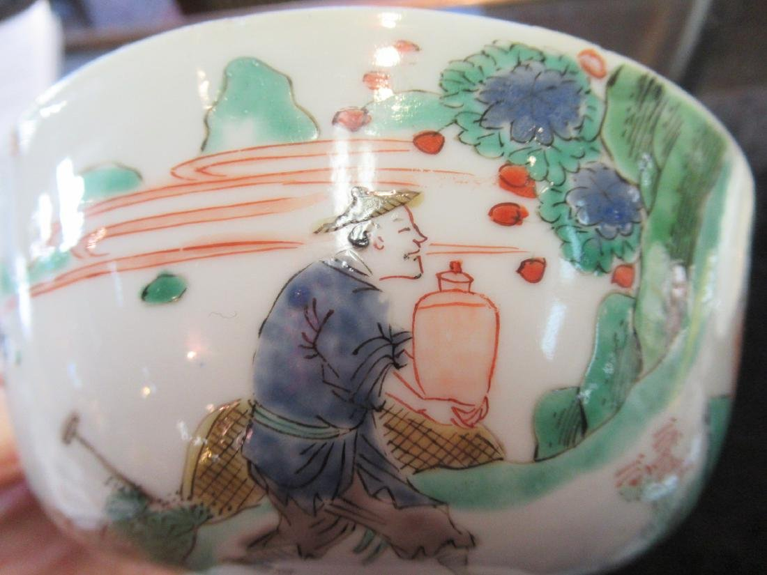 Pair of Chinese Famille Verte Porcelain Bowls - 7