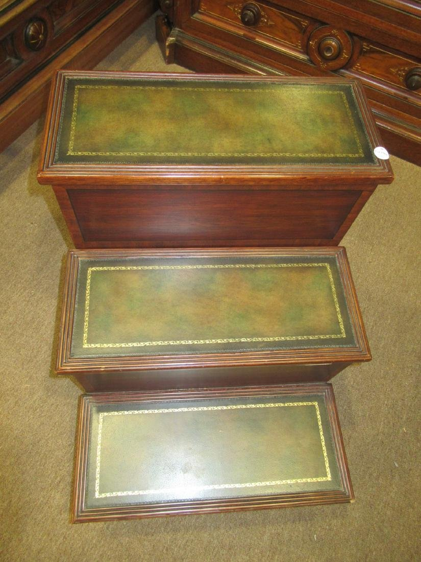 William IV-Style Carved Mahogany Bedsteps - 3
