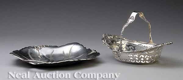 0665: Reed and Barton Sterling Silver Leaf-Form Dish