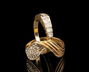14 kt Yellow Gold and Diamond Ring