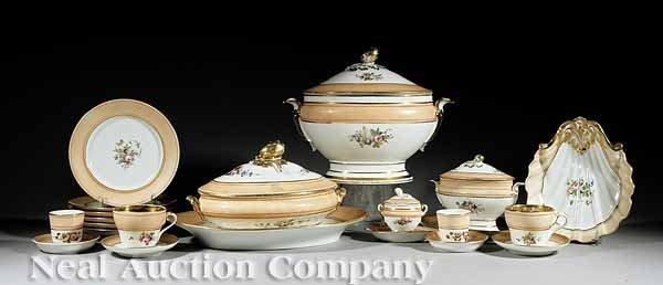 7: Paris Porcelain Polychrome Dinner Service