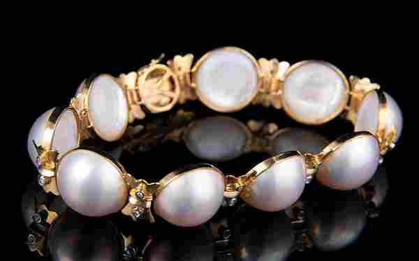 14 kt. Yellow Gold, Mabé Pearl, Diamond Bracelet