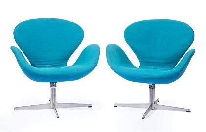 Arne Jacobsen for Fritz Hansen Swan Chairs