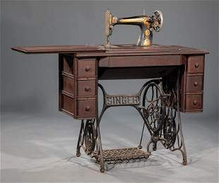 Sewing Machine with Sewing Table
