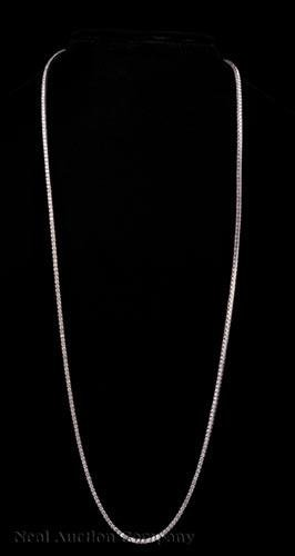 18 kt. White Gold and Diamond Tennis Necklace