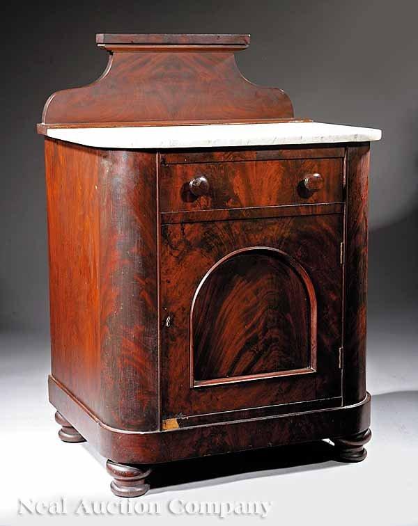 0022: American Late Classical Mahogany Washstand