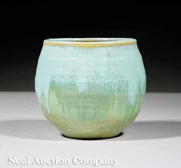 622: Shearwater Art Pottery Bowl