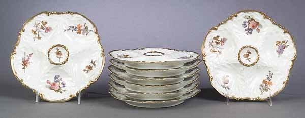 0929: Set of Eight Limoges Porcelain Oyste