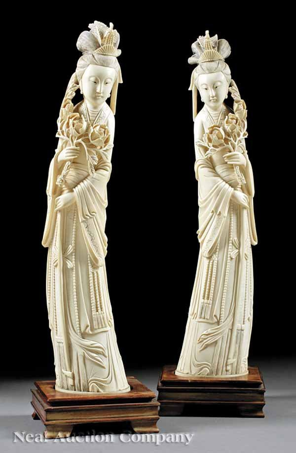 0947: Pair of Chinese Carved Ivory Figures of Guanyin
