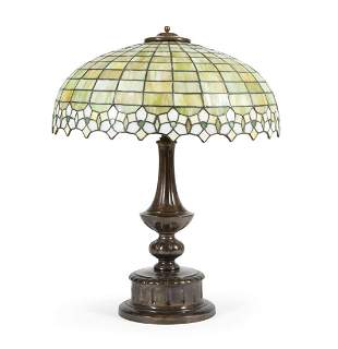 American Leaded Glass Desk Lamp on Pairpoint Base