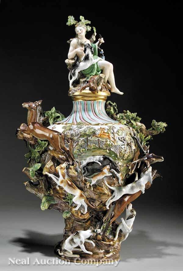 "0107: A Meissen Polychrome Urn, depicting ""The Hunt"""