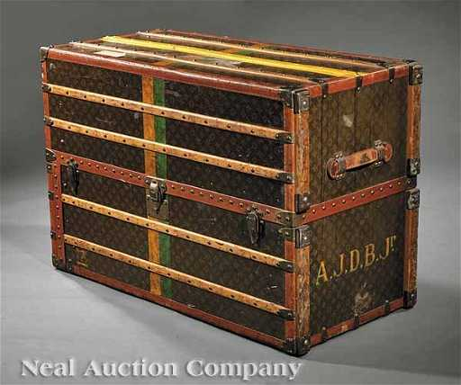 af6d203f141a 0112  A Louis Vuitton Steamer Trunk