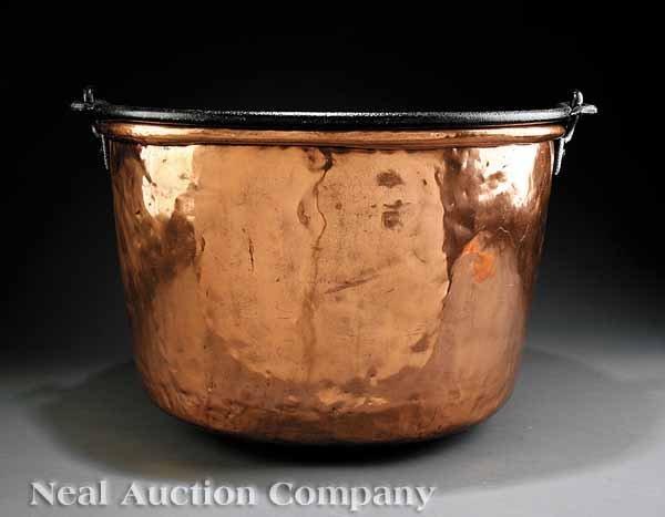0689: English Copper Cauldron