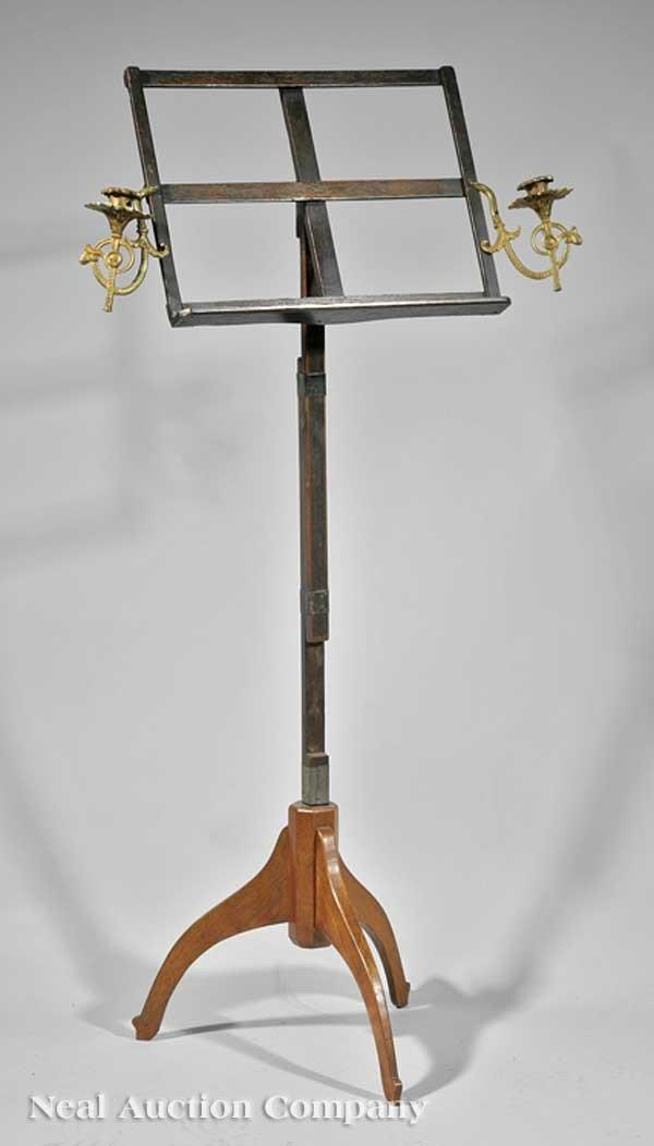 0641: American Mahogany Adjustable Music Stand