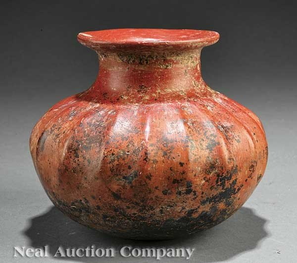 0688: Pre-Columbian Pottery Gadrooned Vessel
