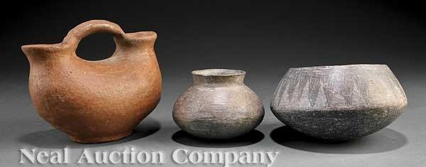 0690: Three Pre-Columbian Pottery Vessels