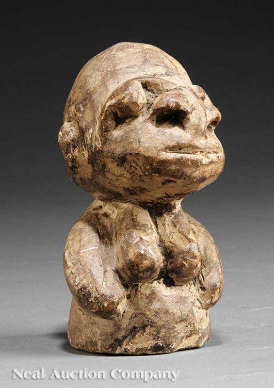 0677: Sierra Leone Carved Stone Nomoli or Pomdo Female
