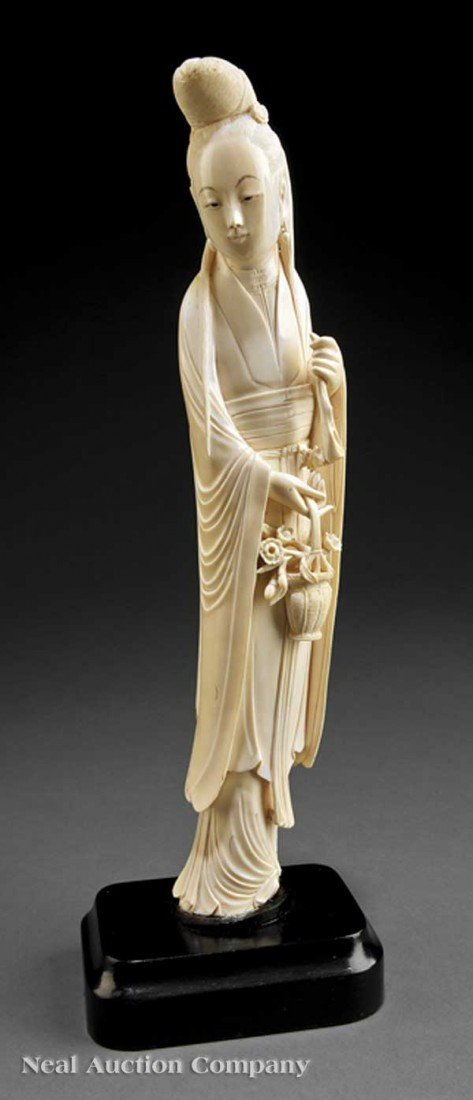 0546: Chinese Ivory Figure of a Beautiful Maiden