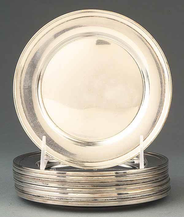 0673: 9 American Sterling Silver Bread and Butter Plate
