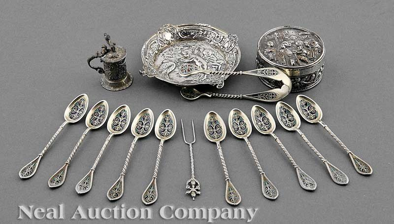 0770: Small Continental Silver Objects