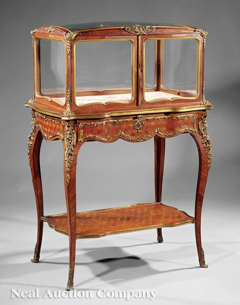 0043: A Louis XV-Style Kingwood Parquetry and Bronze-Mo