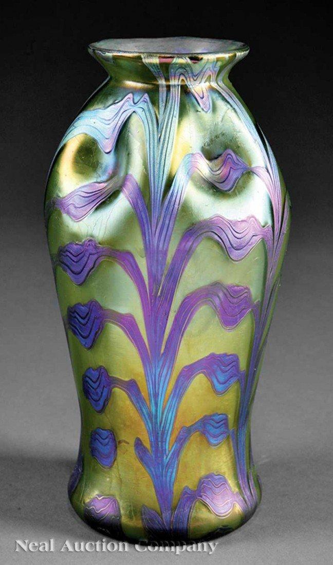 1152: Loetz Favrile Art Glass Vase
