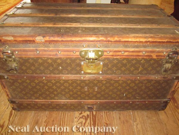 63: Vintage Louis Vuitton Trunk - 8