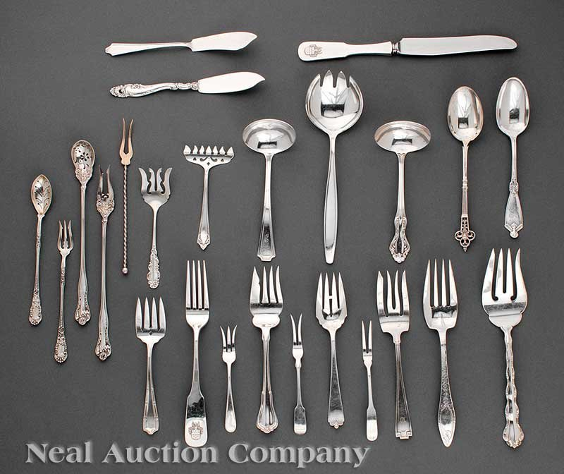 640: Miscellaneous Sterling Silver Serving Pieces